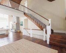main-floor-staircase-wood-finishing